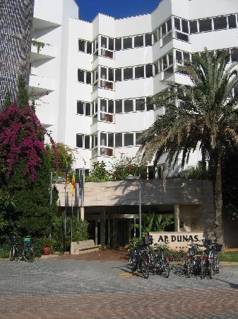 Hipotels Aparthotel Dunas Cala Millor: voorzijde hotel
