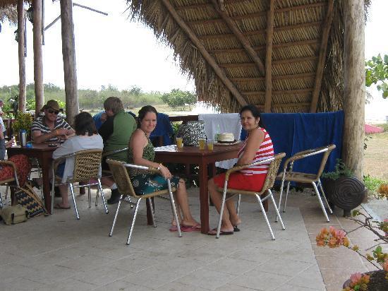 Hotel Rancho Luna: Beach restaurant