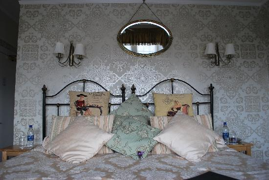 Lavender House: Our bed