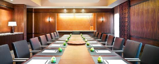Allison Inn & Spa: The Executive Boardroom - Perfect for your next business meeting!
