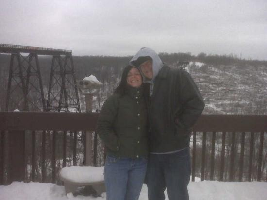 Warren, Pensylwania: Ronnie and I at the Kinzua Viaduct in Mt. Jewett