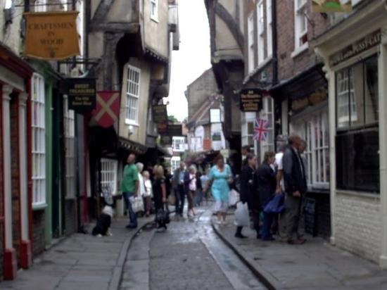 The Shambles Of York A Very Old Street This Reminde Me