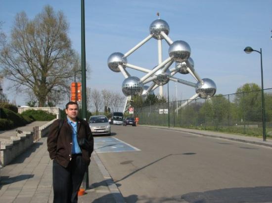 Atomium: Abril 2008