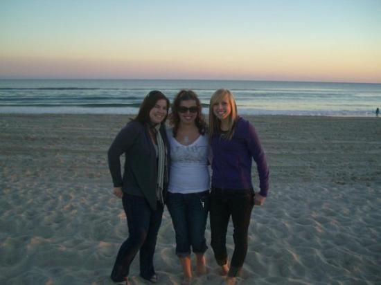 Emerald Isle, Carolina do Norte: I love these girls!