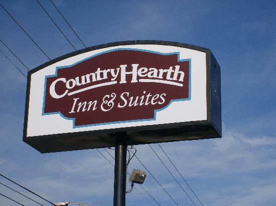 Country Hearth Inn and Suites: Country Hearth Inn & Suites