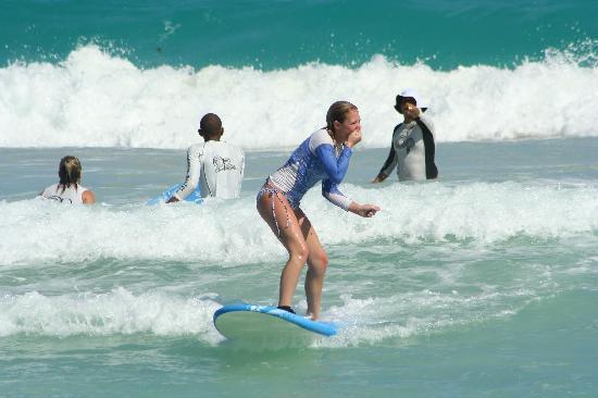 Macao Surf Camp: Kahri got up on 3rd wave