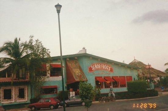Ixtapa's favorite hang-out!