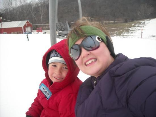 Weston, MO: Mommy and Ki on the lift