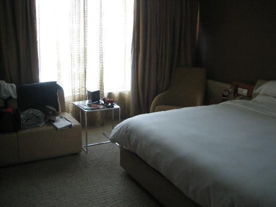 Traders Hotel, Kuala Lumpur: hotel room