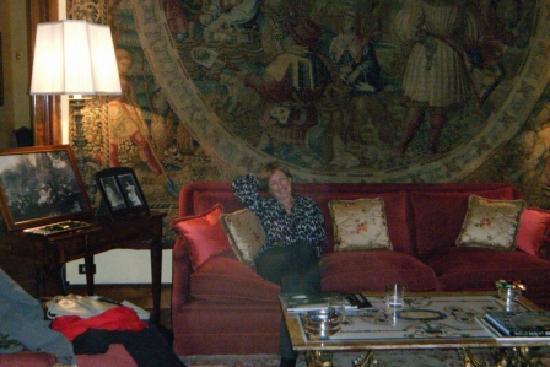วิลลา สปาเล็ทติ ทริเวลลี: Elegant lounges, log fires and complimentary drinks