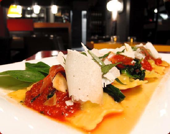 Restaurant la pizzetta dans soustons avec cuisine p tes e for Restaurant soustons