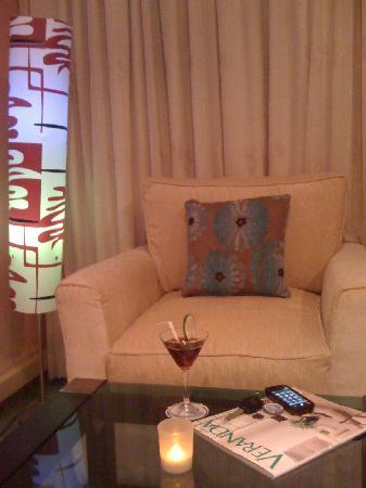 Abuja, Nigeria: bolton white bar & lounge