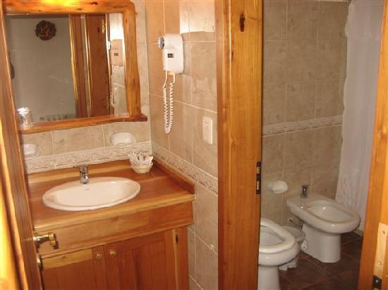 Villa Huinid Resort & Spa: Baño principal