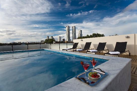 Palermitano Hotel: Swimming Pool and Solarium