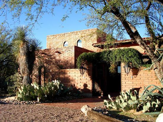Desert Trails Tucson Bed And Breakfast