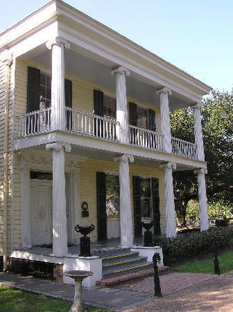 The Heritage Society: 1850 Nichols-Rice-Cherry House
