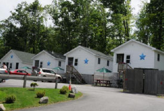 Weirs Beach, NH: Deluxe Cottages
