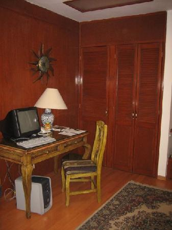 La Mansion del Sol: Computer area
