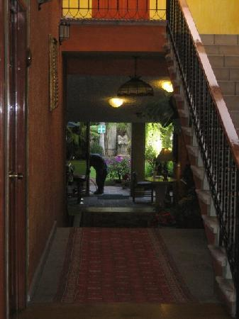 La Mansion del Sol: Hallway to garden