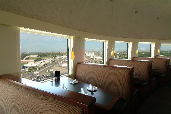Ric's Grill: Beautiful View of Lethbridge