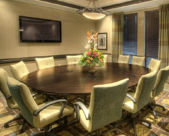 Hampton Inn & Suites Gainesville-Downtown: Our hotel also offers 4 meeting rooms (1400 square feet) for small to mid size meetings. Caterin