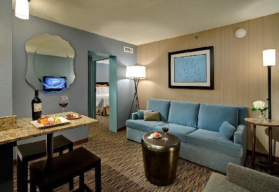 Crowne Plaza Chicago O'Hare: Executive Suite