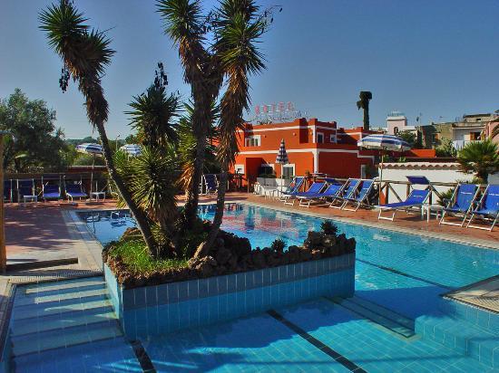 Hotel Villa Franca: Piscina scoperta