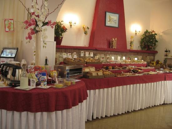 l'Hostalet de Tossa : BREAKFAST BUFFET