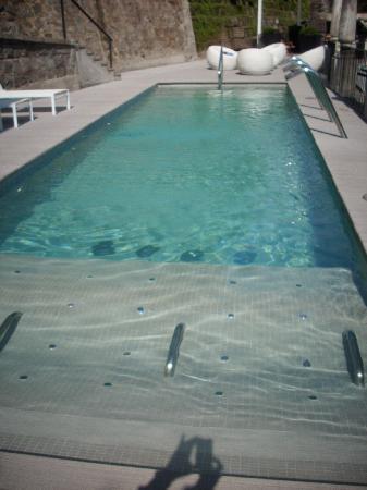 The Aubrey Boutique Hotel: Underwater lounge seats!!!!