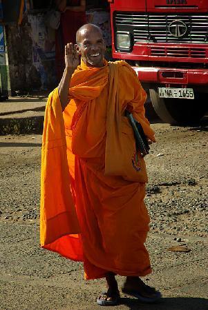 Villa Suriyagaha: Happy Monk
