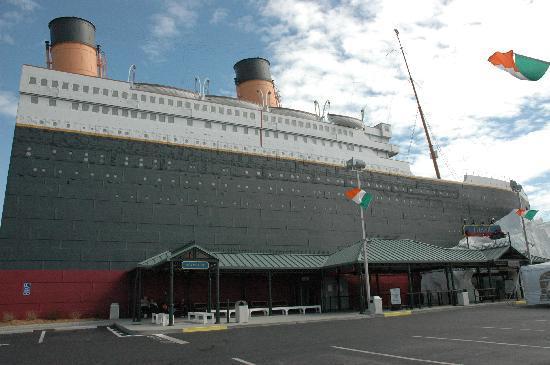 Titanic Museum: The Titanic