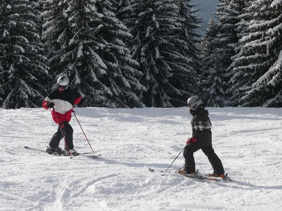 Chilly Powder: Skiing with kids is fun!