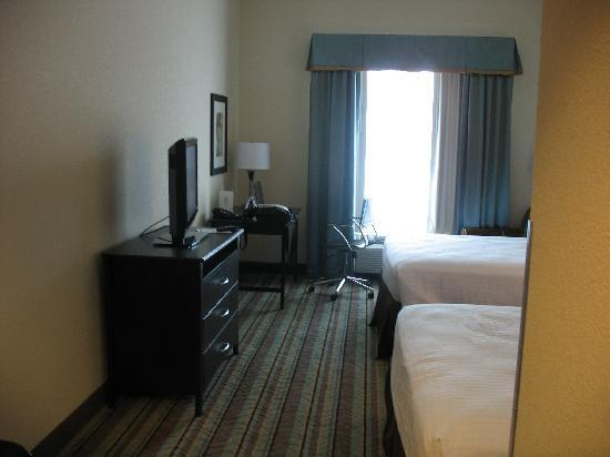 Best Western Plus Chain Of Lakes Inn & Suites: room