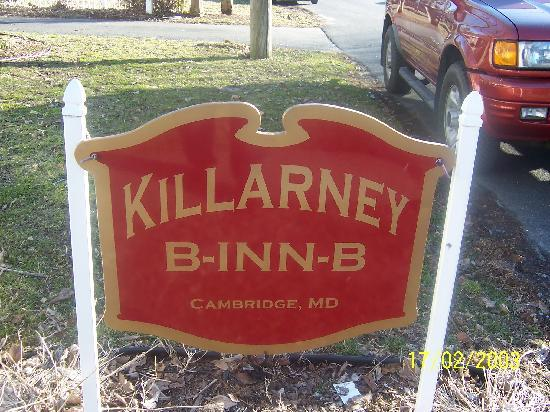 Killarney B Inn B: KBB sign