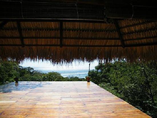 Buena Vista Surf Club: The deck