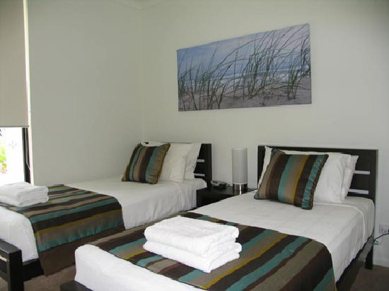 Elysium Apartments: 3rd bedroom - 3 bedroom apartment
