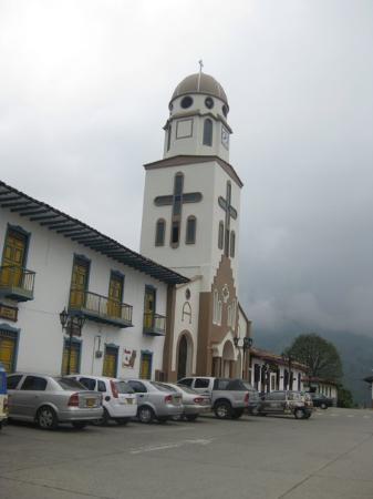Armenia, Colombia: Iglesia de Salento