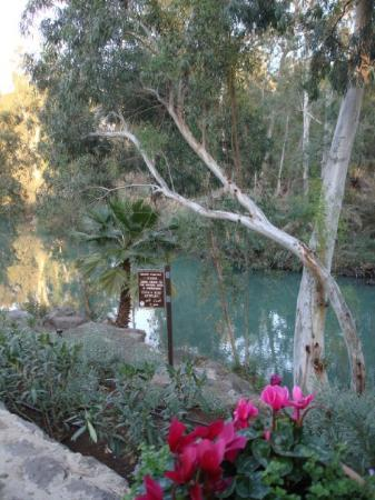 Tiberias, Israel: Going down to the water's edge is forbidden!!! Commercialisation forbids the more impromptu bapt