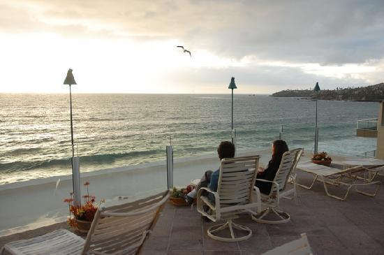 Sunset Cove Villas: the upper deck area