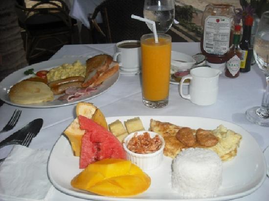 Fridays Boracay: Breakfast - Korean and American