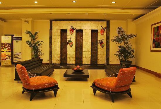 The Inns Bacolod by The Oriental: Zen-Like Lobby