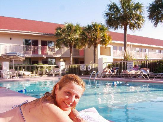 芒特普林森愛國點紅屋頂頂級飯店照片