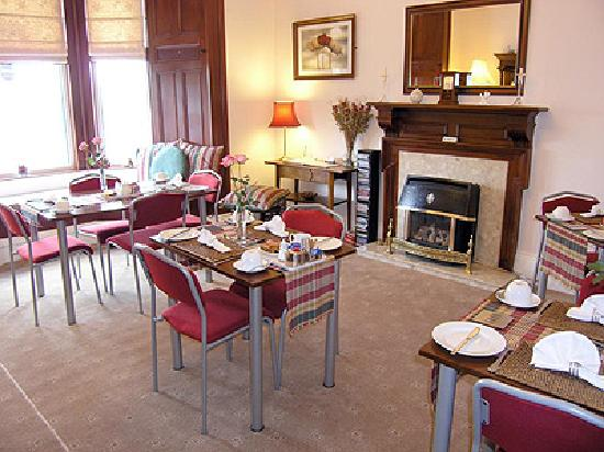 Ravenswood Guest House: Breakfast Room