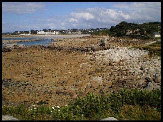 Perros-Guirec, Francia: My beach, Trestel, next to Port le Goff