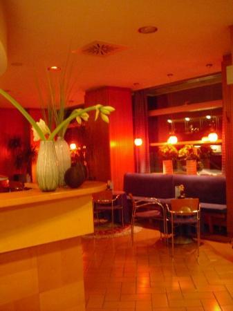 Ahotel Hotel Ljubljana: Reception hotel