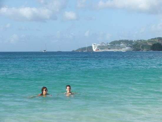 St. George's, Grenada: Swimming in Grand Anse beach