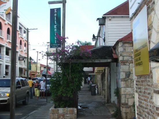 St. John's, Antigua: In St-Johns Antigua