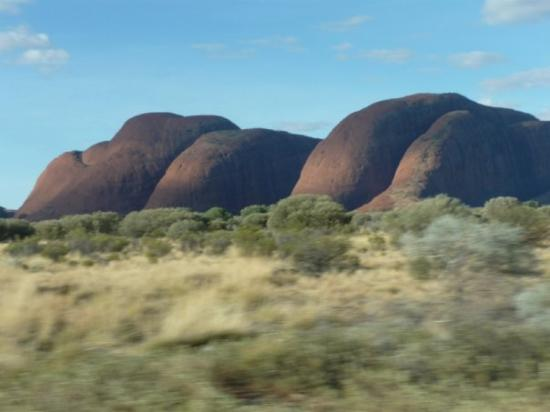Ayers Rock and the Olgas: Kata-Tjuta domes