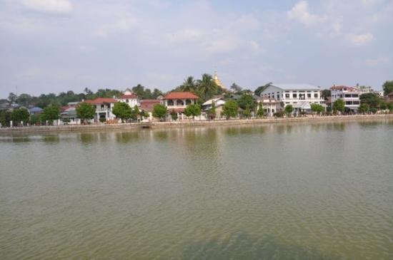 Kengtung, Birmania: Naung Tong Lake