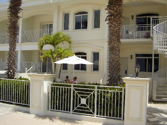 Hotel Riu Palace Aruba: outside timeshare room